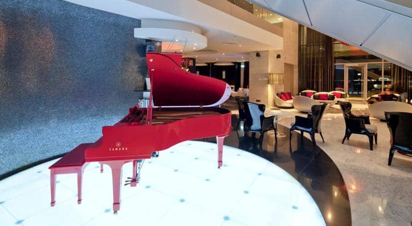 Lounge do hotel Myriad by Sana