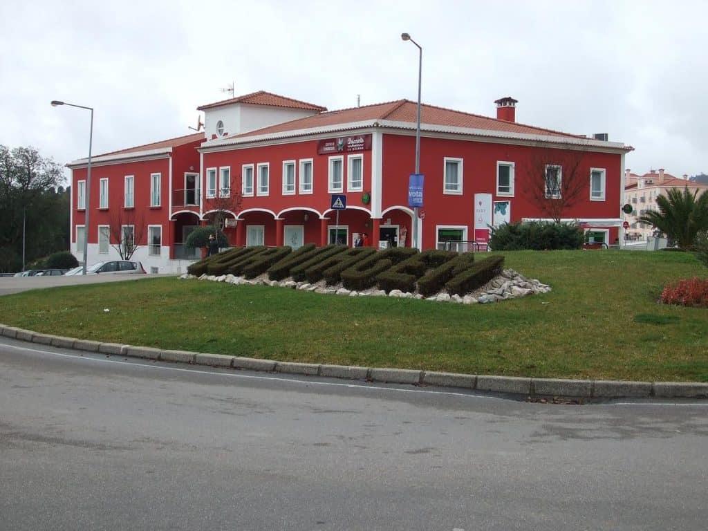 Alojamento do Zêzere, Dornes