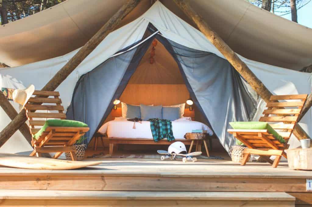 Tendas glamping do Bukubaki Eco Surf Resort