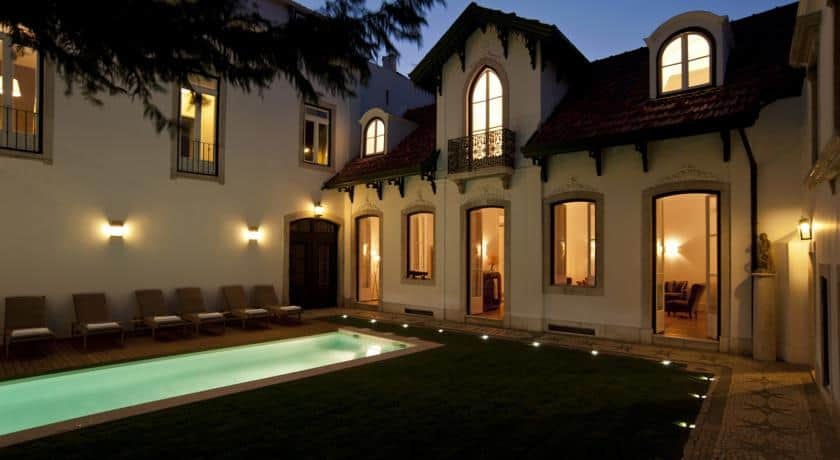 Piscina exterior na Casa Balthazar