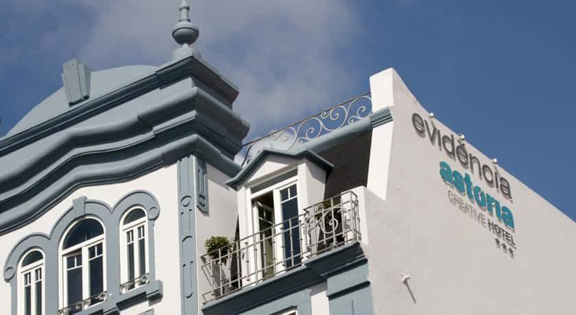 Fachada do Evidência Astória Creative Hotel