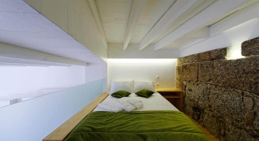 Guimarães Studios Lounge- quarto da muralha
