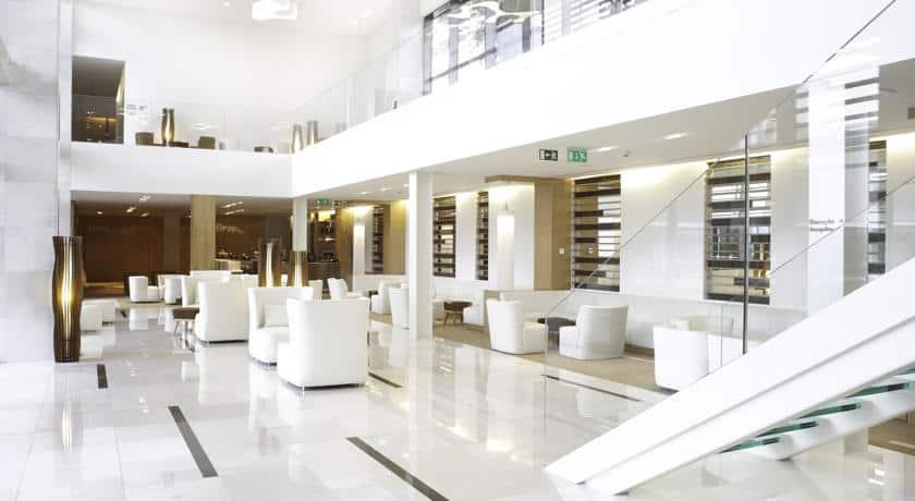 Lounge do Onyria Marinha Hotel